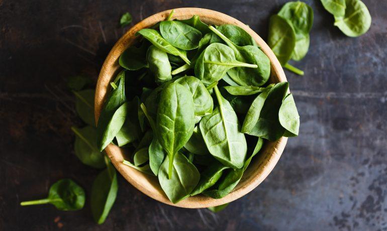 Зелена бомба от витамини – спанак